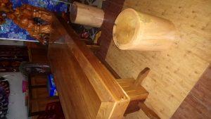 🔊🔈🔉🔊Hàng mới về 🔊🔈🔉🔊 👉Bộ bàn ghế gỗ nguyên khối ( 1 bàn + 8 cái đôn)👈 👉Màu gỗ nguyên thủy, chỉ phủ bóng thôi. Thật sang trọng.... Hàng nhà làm Anh Em nào cần ☎️📞📲LH 0905.66.37.39 or 0905.321.552 or 0905.54.74.59 Bao mềm so với thị trường.